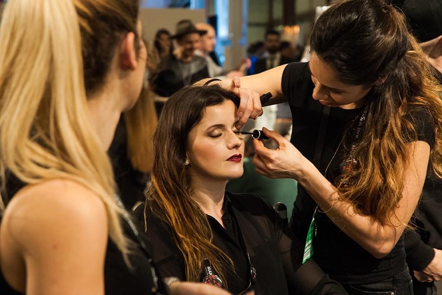 Curso Online de Especialista en Maquillaje y Peinados